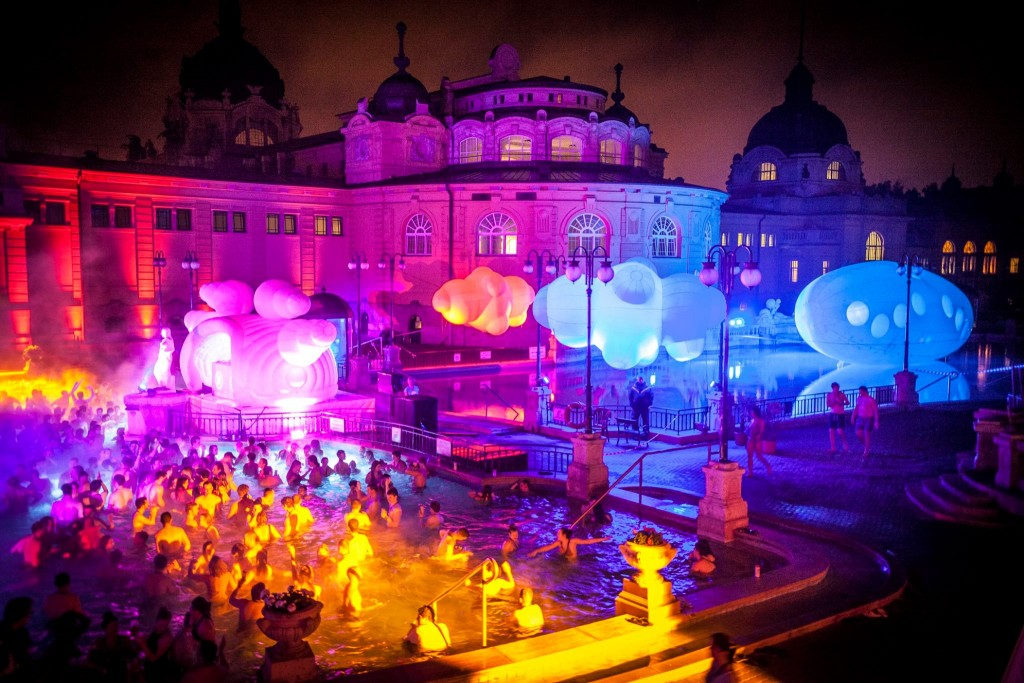 Saturday-Night-Parties-in-Szechenyi-Bath-Budapest